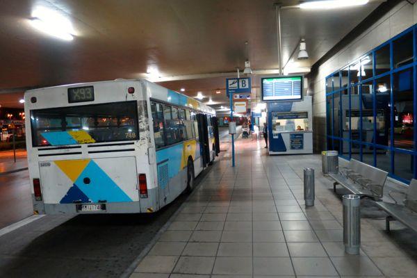 X93 bus