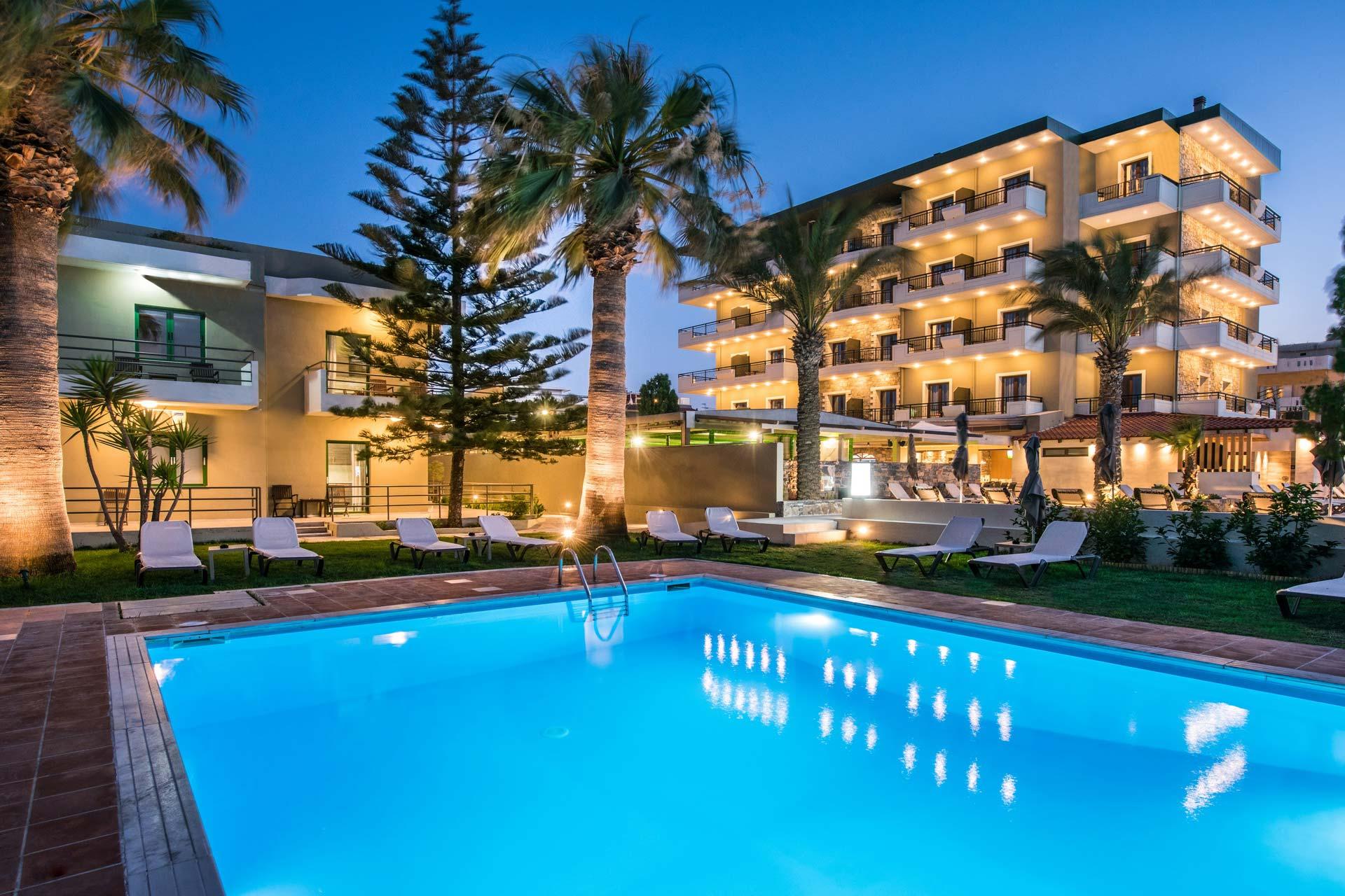 Petousis Hotel & Suites Pool